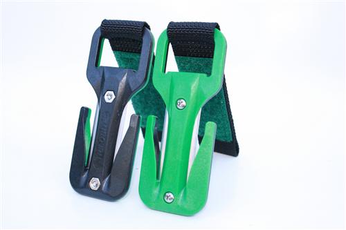 סכין ירוק/שחור סקוטש ירוק